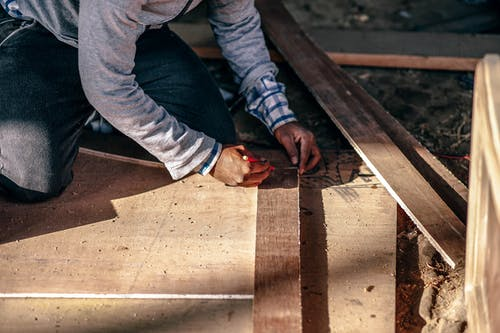 7 Tips For Beginners Doing Woodworking Projects
